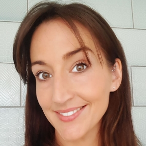 Caroline O'Rourke - Nail and Eyelashes technician